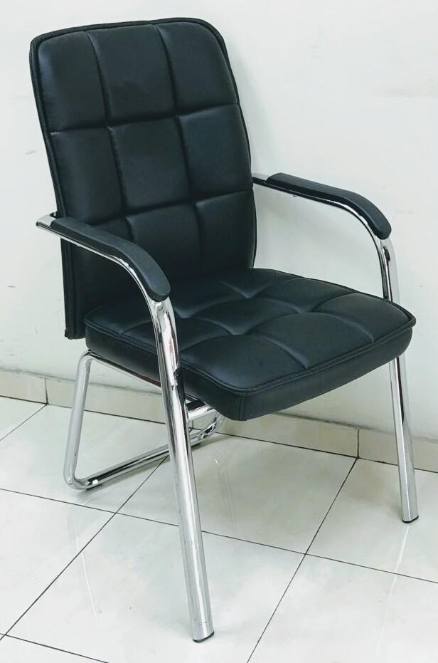 כסא דגם דן